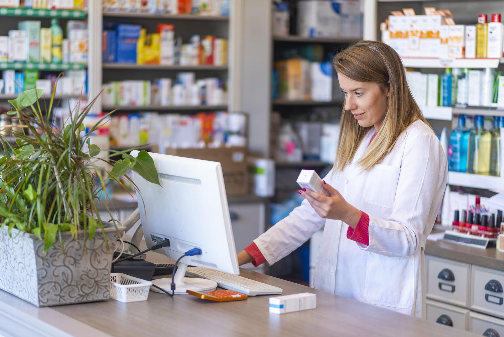 Die TraceMed Software in der Apotheke ist ein einfaches und intuitives Werkzeug für die Statusprüfung und Austragung (Rückruf) von Arzneimittelverpackungen bei AMVS.